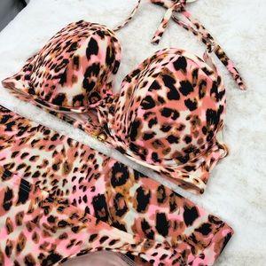Victoria's Secret 32DD XS Leopard Print Bikini
